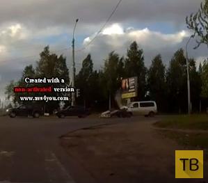 Прицеп отцепился на ходу и влетел во встречную машину... ДТП в г. Архангельск