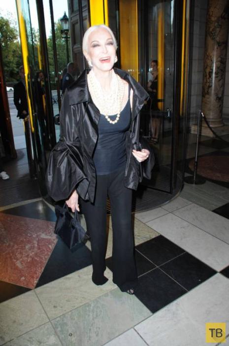 83-летняя американская супермодель Кармен Делл'Орефайс (16 фото)