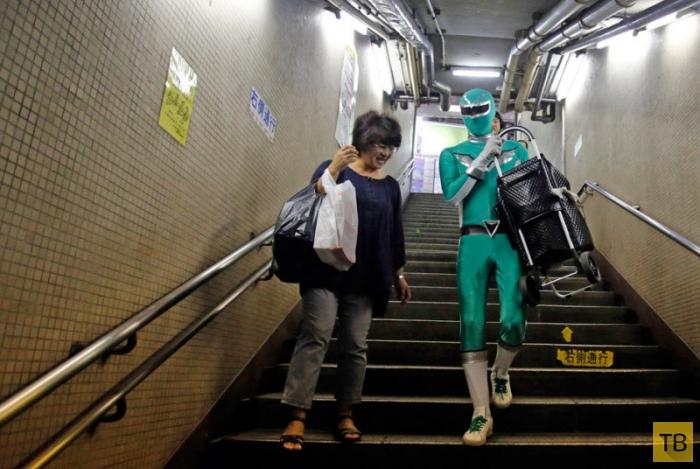 Супергерои, о которых не снимают фильмов (13 фото)
