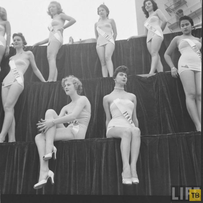 Мисс Вселенная 1952 (20 фото)