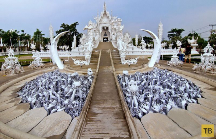 Тайский храм Ват Ронг Кхун - частичка рая на Земле (14 фото)
