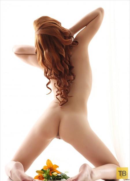 Рыжеволосая красавица, часть 2 (24 фото)