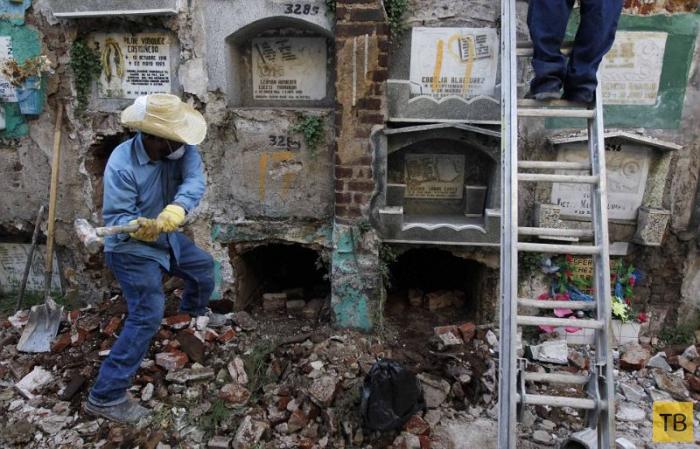 Жесть!!! Когда у гватемальских покойников заканчивается аренда (9 фото)