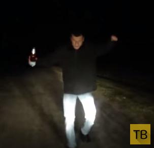 Пьяный пешеход напал на автомобиль... Брестская область