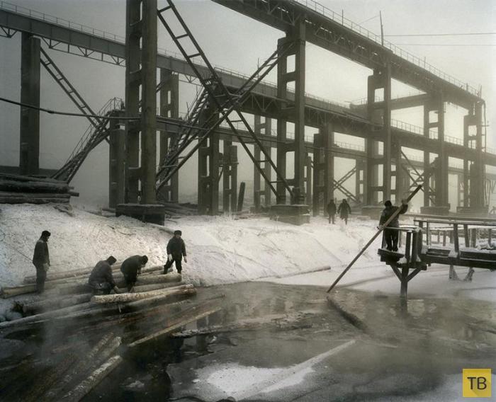 Несовершеннолетние заключенные в колониях Сибири (26 фото)