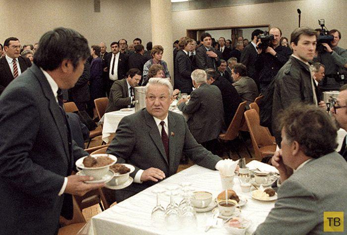 Чем питаются главы государств (5 фото)