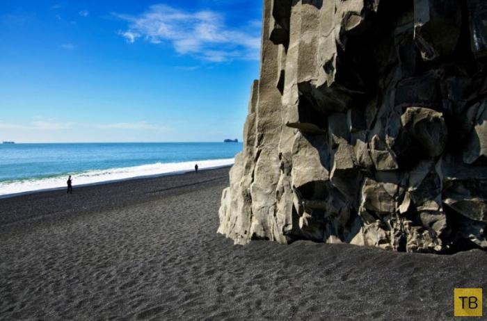 Чудо естественного происхождения: сказочно красивый Черный пляж в Исландии (7 фото)