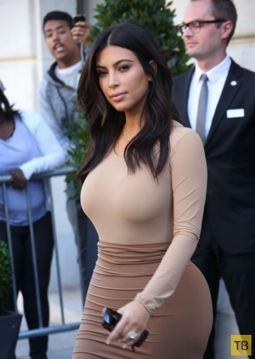 Ким Кардашян в Париже (11 фото)