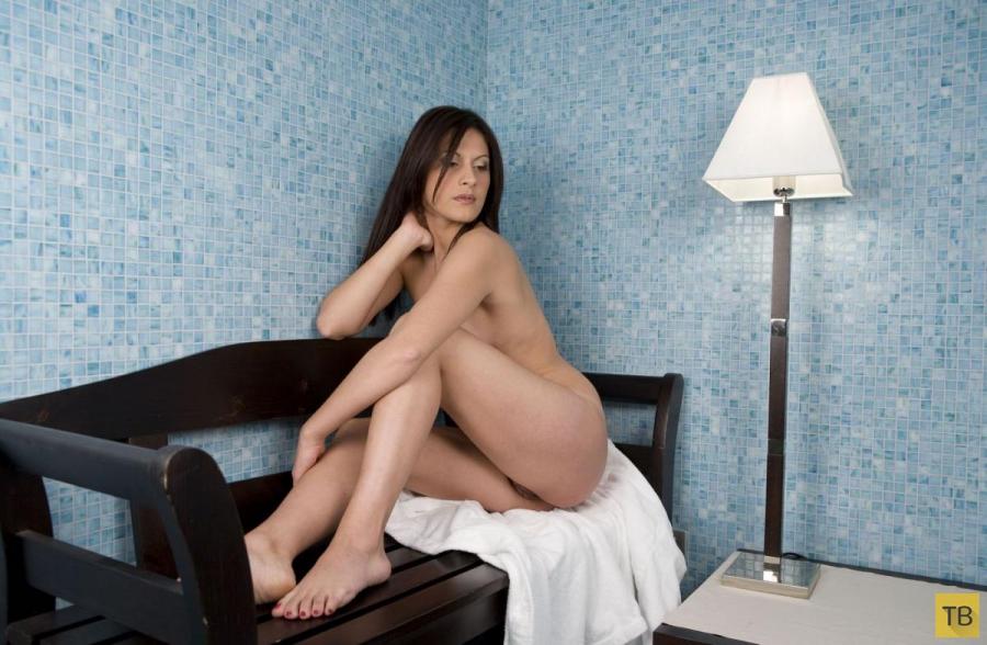 """Красивые и горячие девушки на """"Среду"""", часть 25 (111 фото)"""