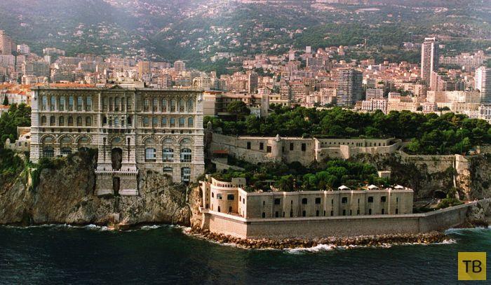 Тюрьма для элитных заключенных (4 фото)