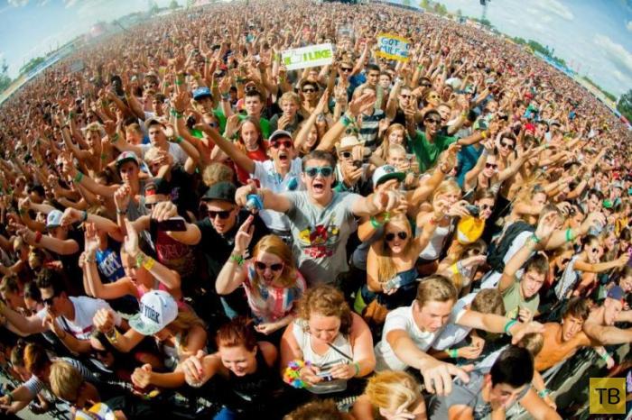 Топ 5: Лучшие музыкальные фестивали мира (5 фото)