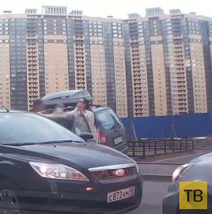 Две водительницы не поделили парковку и подрались... г. Санкт-Петербург