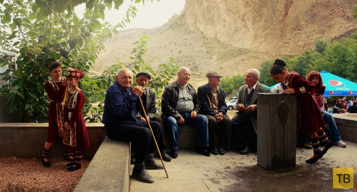 Фестиваль вина в армянском Арени (34 фото)