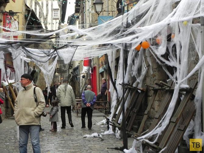 Как в разных странах празднуют Хэллоуин (11 фото)