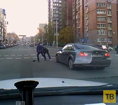 Драка на дороге... ДТП на пересечении улиц Горького-Ковпака, г. Киев
