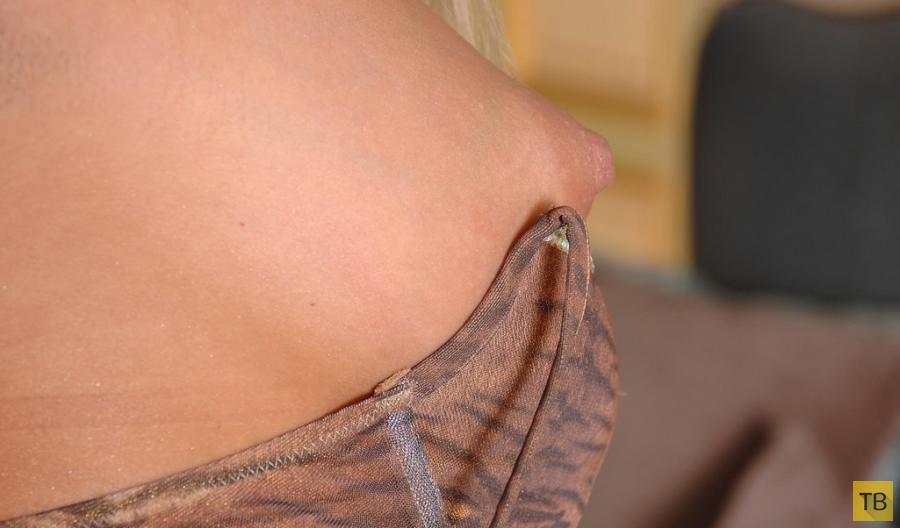 Блондинка с большими сиськами (19 фото)