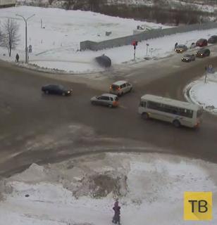 Пролетел перекресток и сбил пешехода... ДТП в г. Кольцово, Новосибирская область