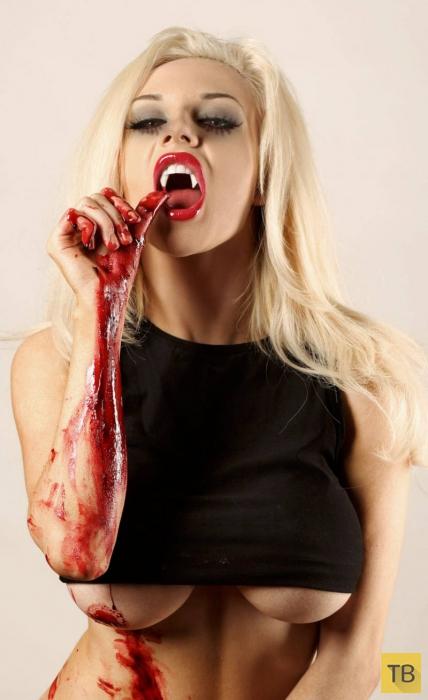 Кровавая фотосессия молодой секс-бомбы Кортни Стодден (9 фото)