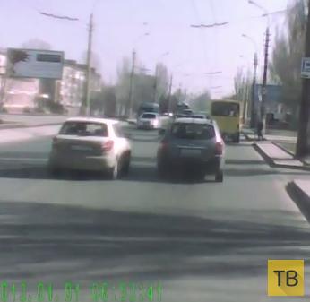 Подрезали 3 раза, пропал тормоз... ДТП в Украине