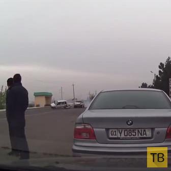 "Столкновение ""Нексия"" и ""Тико"" напротив заправки в г. Андижан"