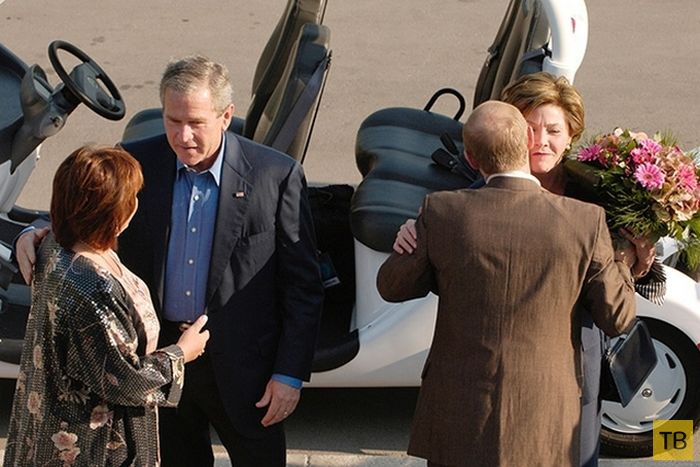 В. В. Путин и его хорошие манеры (9 фото)